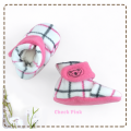fitted-booties-prewalker- Check Pink Motif