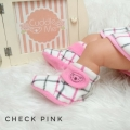 fitted-booties-prewalker- Check Pink